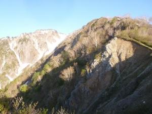 1624mピークから見る頂上