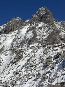 最低コル付近からの南岳